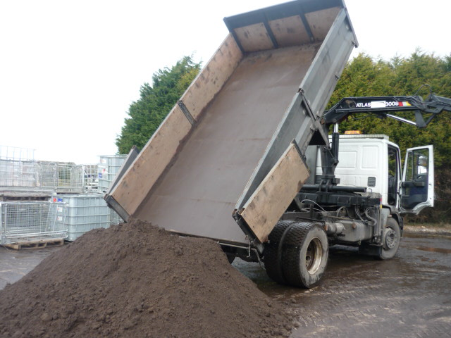 Ton Of Topsoil >> Topsoil Merseyide Liverpool Topsoil Suppliers Topsoil Ormskirk